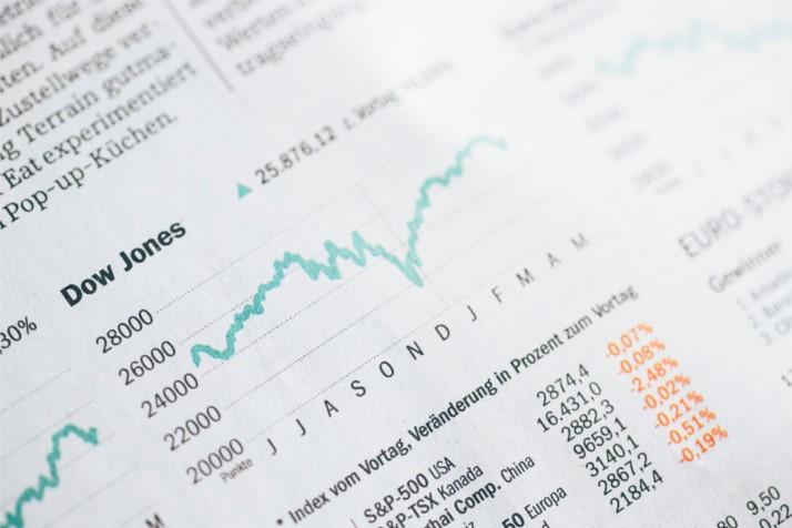 ¿Cuál es la diferencia entre Microeconomía y Macroeconomía?