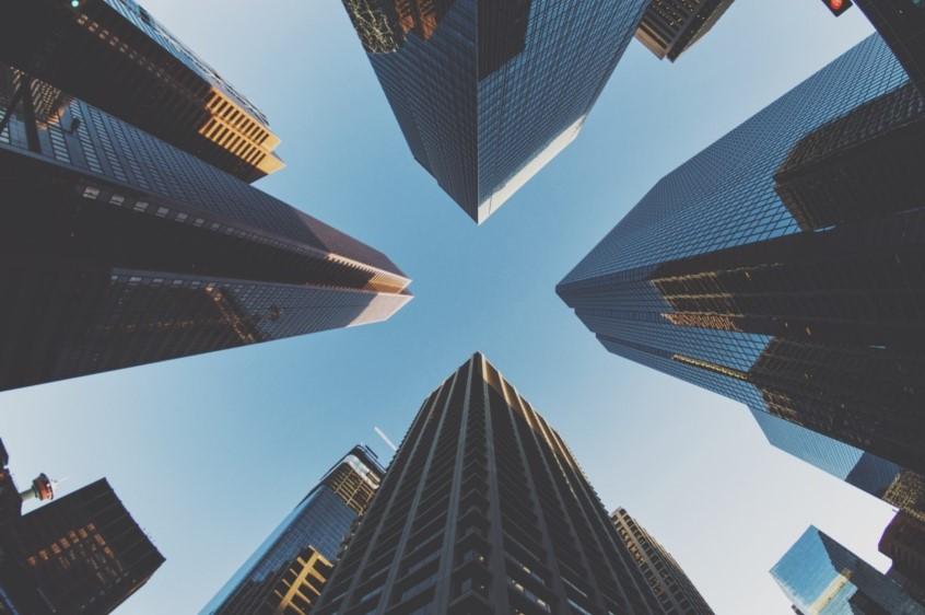 Diferencia entre Empresa Multinacional y Empresa INternacional